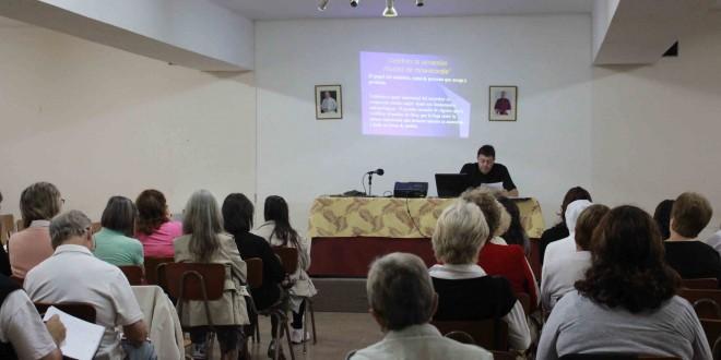 Se realizó la conferencia «Celebrar la sanación: rituales de misericordia»