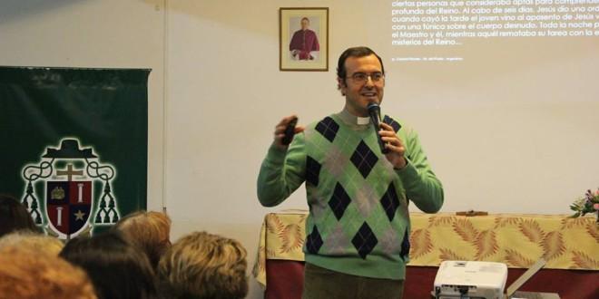 Se realizó la segunda charla organizada por la COBIDI a cargo del padre Gabriel Mestre