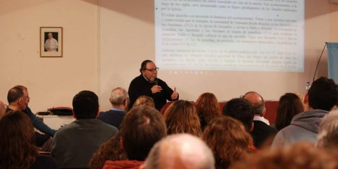 Con una muy buena participación se realizó la charla del pbro. Carlos Galli